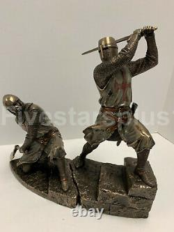 TWO Knights Templar On Stairs Death Match Battle Statue Sculpture Set of two