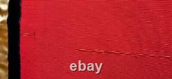 Belle Masse Rouge Réglée Avec Deux Étoles Vestment Cope Ciborium Calice