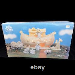 Noah's Ark Deux By Deux By Precious Moments 8 Pieces Set New In Box Lights Up