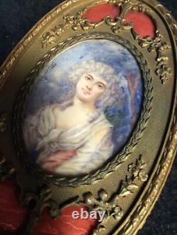 Set Deux Pièces De Dressing Français En Laiton Antique Avec Portraits Peints À La Main
