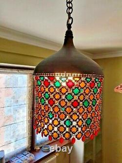 Un Ensemble De Deux Lampes Pendentif Tiffany Style Chaîne Mail