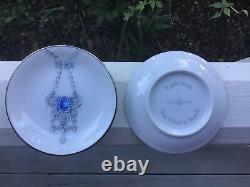 Van Cleef & Arpels (set Of Two 4) Perlee Frivole Alhambra Plateaux Anneau De Porcelaine